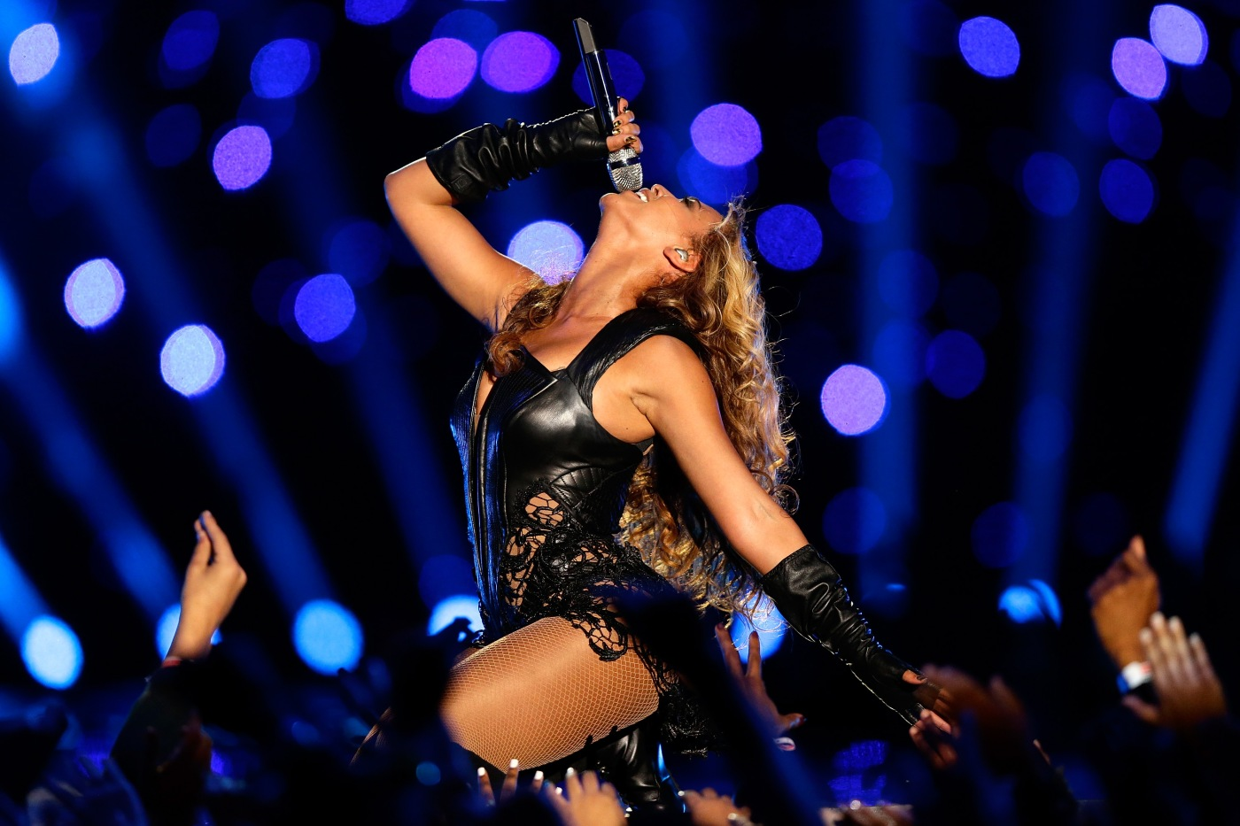 NEW ORLEANS, LA - FEBRUARY 03: Singer Beyonce performs during the Pepsi Super Bowl XLVII Halftime Show at the Mercedes-Benz Superdome on February 3, 2013 in New Orleans, Louisiana. (Photo by Ezra Shaw/Getty Images)
